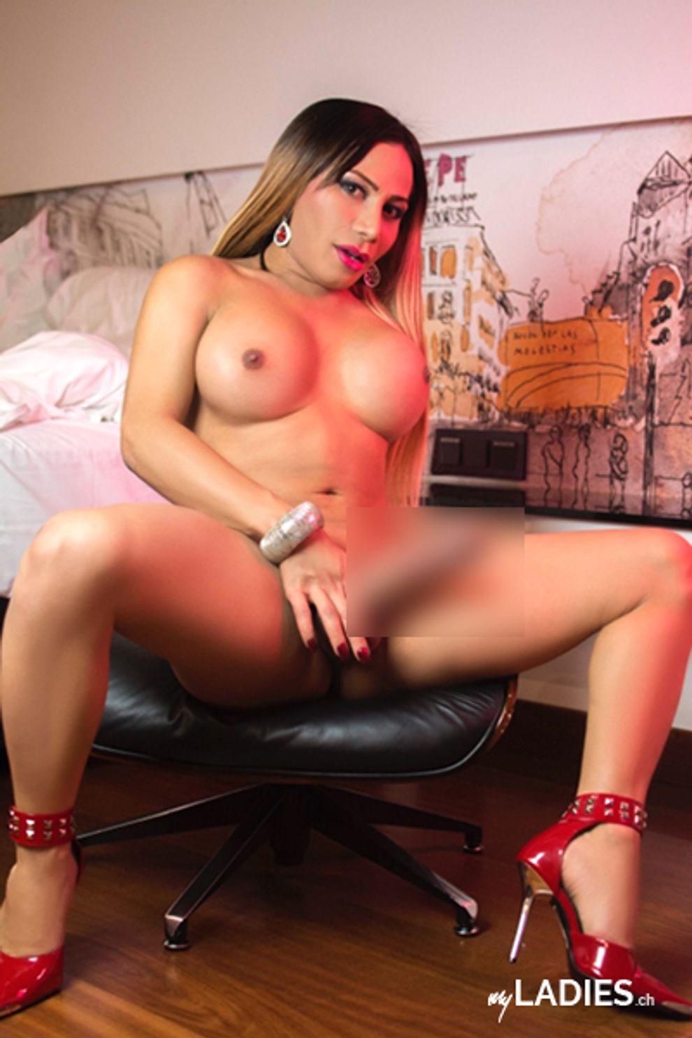TS Christina Queens / Bild 3