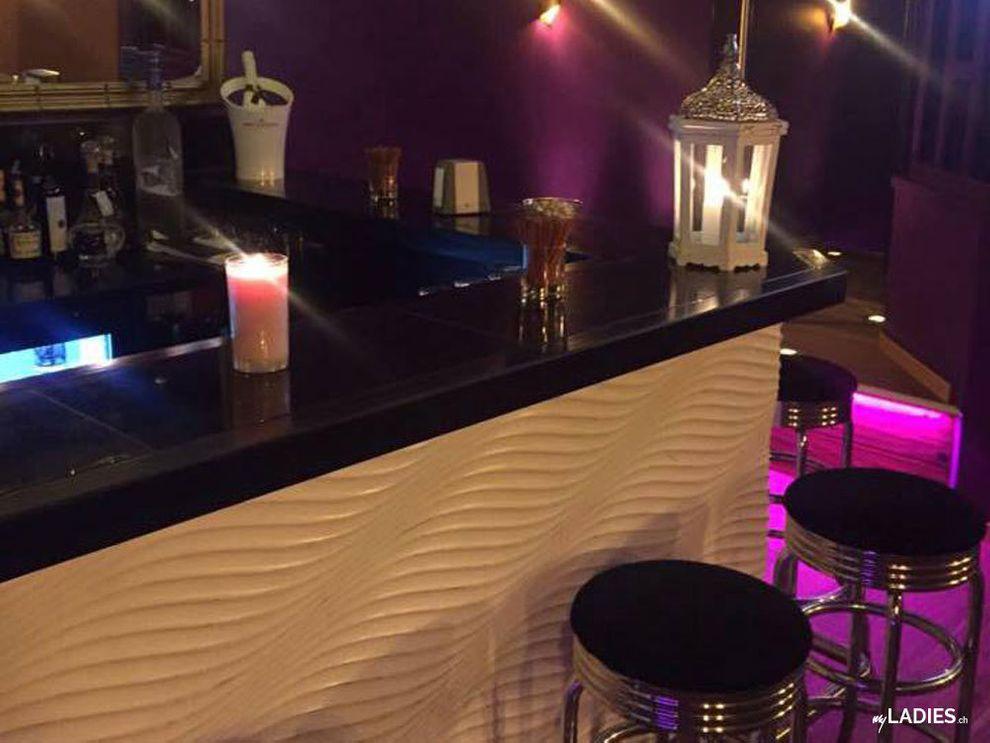 NO NAME - Club - Bar - Erotic House / Bild 3